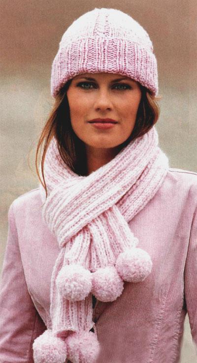 Комплект из шапки и шарфа с помпоном