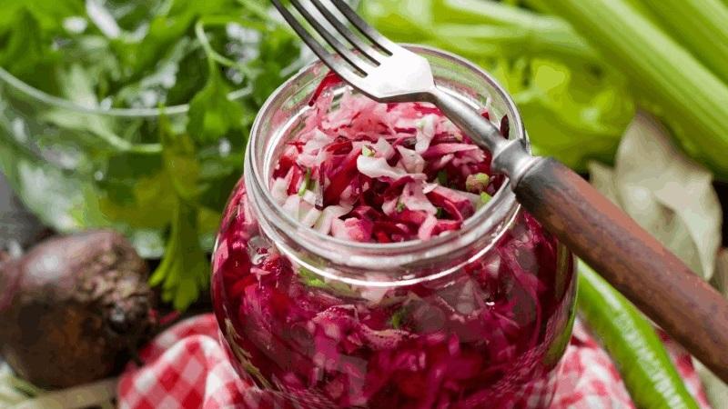 Рецепты квашеной краснокочанной капусты с различными ингредиентами