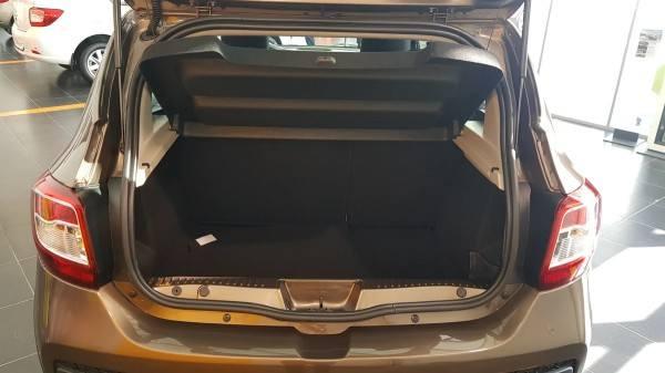 Renault Sandero Stepway 2021 багажник